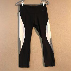 Size S Women's Nike Athletic Leggings Black & Grey